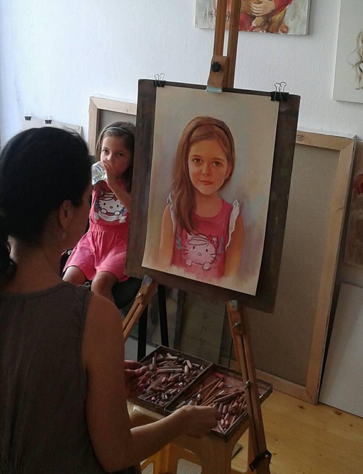 рисуване на портрет Ангелина Недин-myportret.com