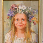 Портрет на Момиче с Венец от Цветя